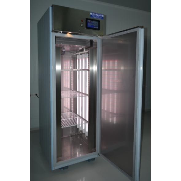Fitotron: armarios de crecimiento, germinacion y ensayos de laboratorio.